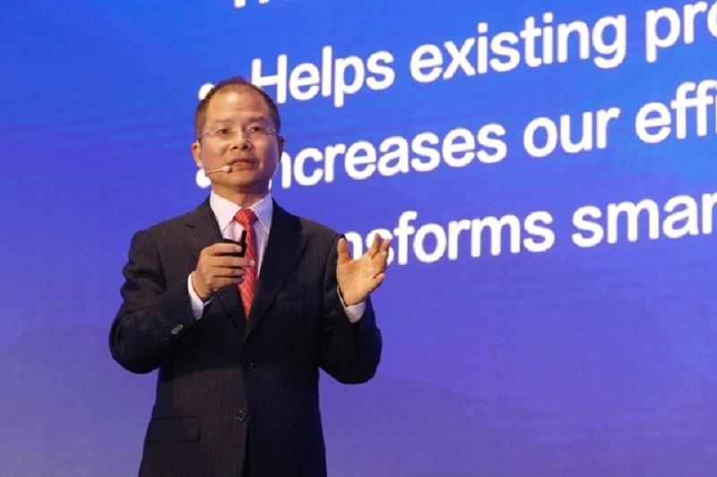 Huawei 14. Analist Zirvesi