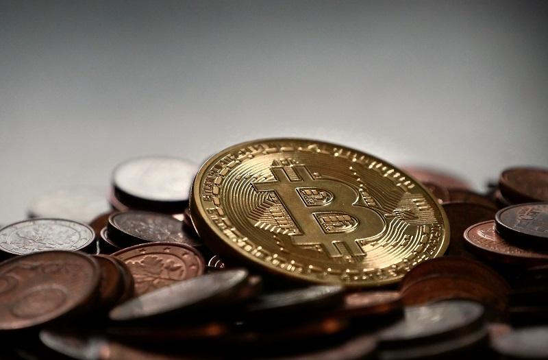 1515497767_bitcoin_2007912_1920