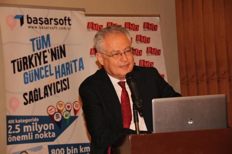 Bilişim Medyası Derneği üyeleri, 25 Mayıs'ta İstanbul'da düzenlenen etkinlikte bir araya geldi. EtkinliğeBilgi Teknolojileri ve İletişim Kurumu Başkanı Dr. Ömer Fatih Sayan, Ulaştırma, Denizcilik ve Haberleşme Bakanlığı Müsteşar Yardımcısı Galip Zerey ve dernek üyeleriyle aileleri katıldı.