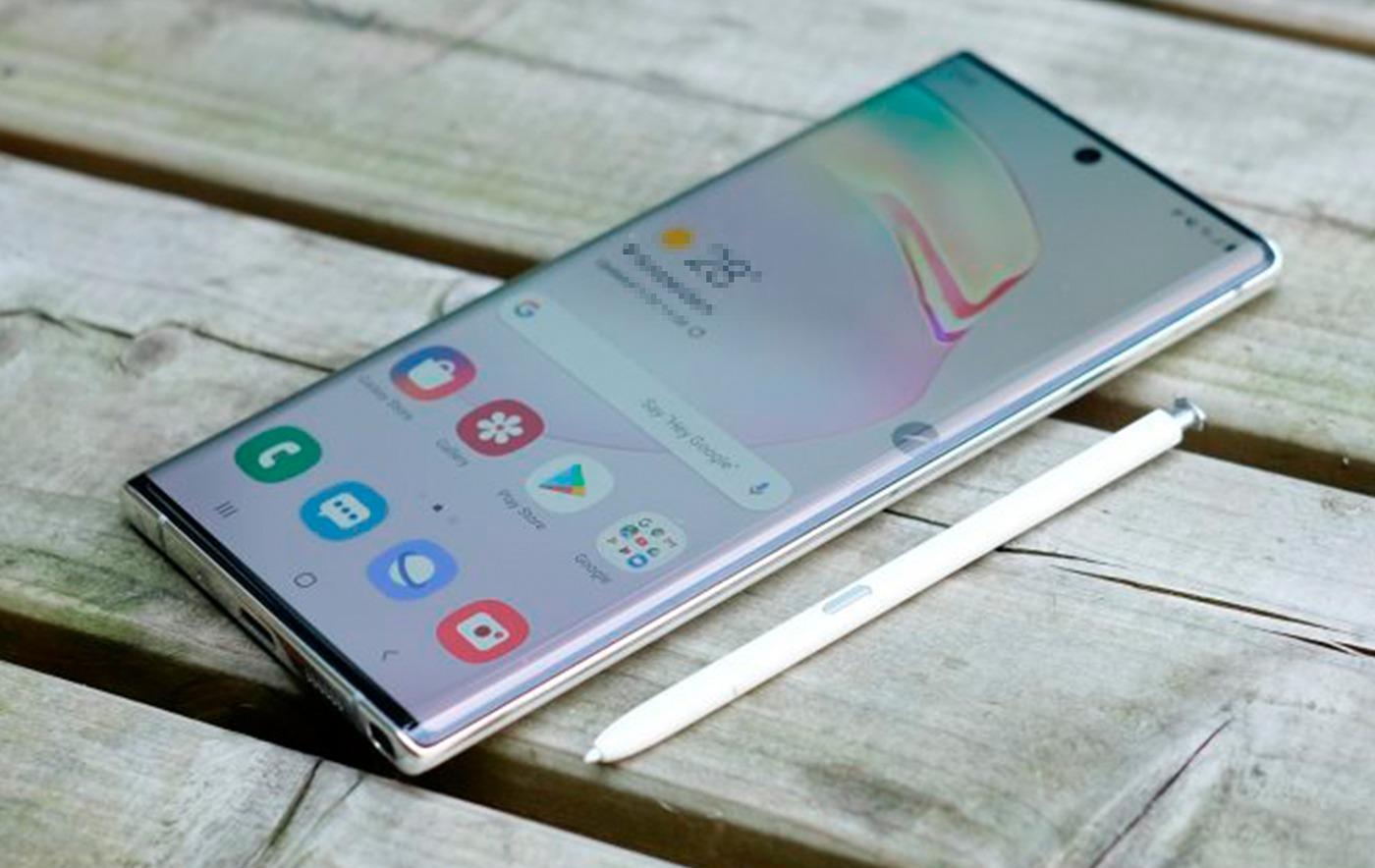 Samsung, Note serisini genişleterek, Galaxy Note 10 ve Galaxy Note 10 Plus'ı piyasaya sundu. Note 10 Plus'a hali hazırda 9000 TL'nin üzerinde