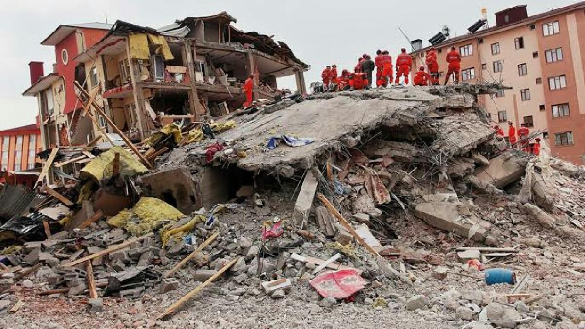 İzmir depremi konulu TikTok videosu