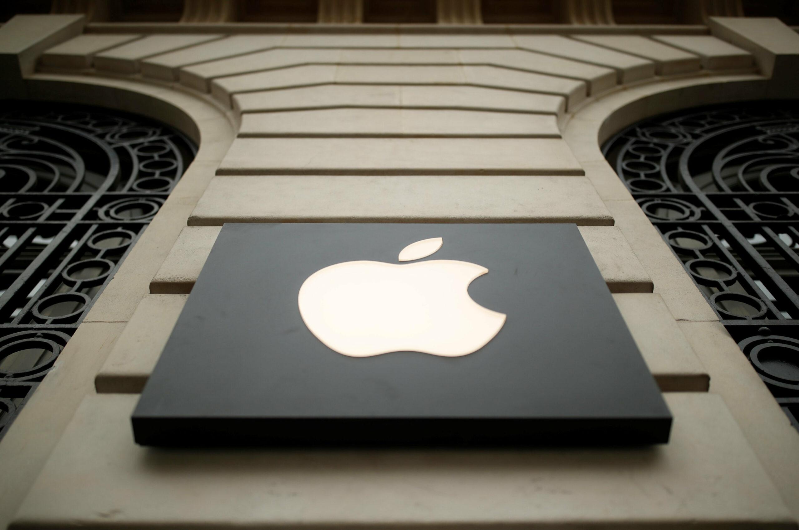 Apple rakiplerini yok etmek için