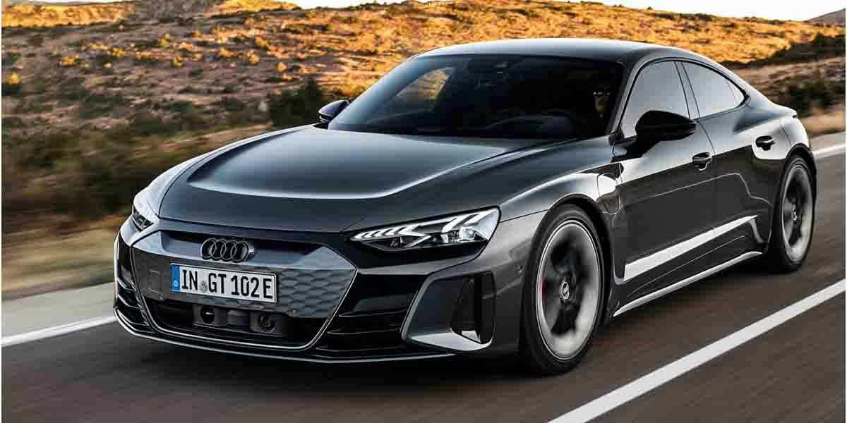 Audi E-Tron elektrikli aracı Taycan ile benzer özelliklere sahip